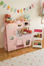 Kidkraft Island Kitchen by Best 25 Kidkraft Kitchen Ideas On Pinterest Toddler Kitchen