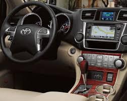inside toyota highlander 2013 toyota highlander model features wichita vehicle