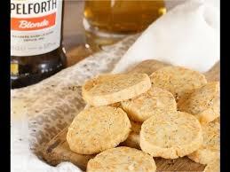 750 grammes recette de cuisine sablés apéritifs à la mimolette graines de pavot 750 grammes