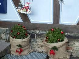 weihnachtsdeko es weihnachtet das landhaus auch draußen