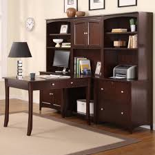 Bedroom Furniture Cherry Wood by Charming Bedroom Design And Decoration Using Golden Oak Bedroom