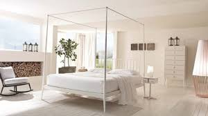 chambre lit lit baldaquin pour une chambre de déco romantique moderne