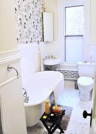 wallpapered bathrooms ideas 419 best wallpaper inspiration images on wallpaper