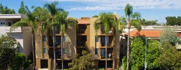 Luxury Homes For Sale In Encino Ca by White Oak Gardens 1 U0026 2 Bedroom Apartments For Rent In Encino Ca