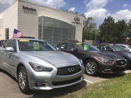 infiniti vs lexus yahoo answers cars whose leases are up flood the market pushing prices down