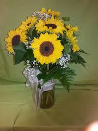 Vase Of Sunflowers Summer Sunflowers In Sayville Ny Rambling Rose Florist