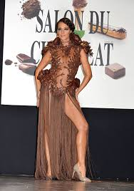 edible clothing a chocolate fashion show has presented the world with the
