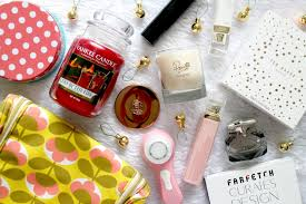 blogmas day 20 last minute christmas gift ideas for her ellis