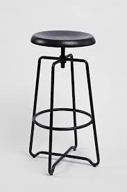 objet en metal best 25 metal stool ideas on pinterest rustic bar stools bar