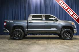 toyota tundra lifted used lifted 2017 toyota tundra sr5 4x4 truck for sale 38035