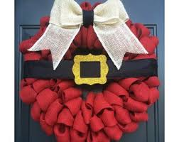 santa belt ribbon best 25 santa wreath ideas on diy christmas wreaths