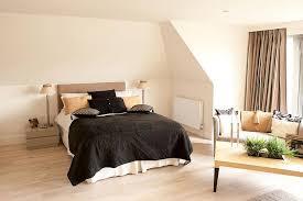 ideaa for low maintenance bedroom floors