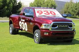 2018 ram 3500 gets 930 lb ft of torque 30k fifth wheel hitch