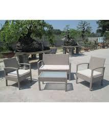 divanetto vimini da giardino con 2 sedie 1 divano e 1 tavolino con cuscini