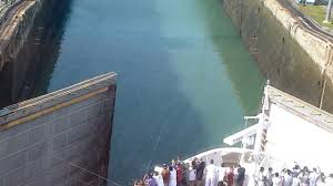 Ivess Lock by Panama Canal Lock Gate Opening For Cruise Ship Ncl Pearl Youtube