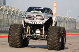 monster trucks races raminator monster truck and hall brothers racing team shatter