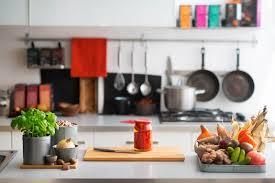 los siete pasos necesarios para poner a cocina leroy merlin en accion consejos para elegir los muebles de cocina vivienda saludable