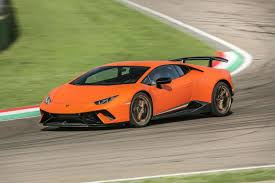 fastest lamborghini ever made 2018 lamborghini huracan performante is a supercar supreme the drive