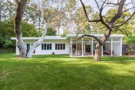 Sinking In The Bathtub 1930 by For 1 75m A Crisp Midcentury House In Laurel Canyon Curbed La