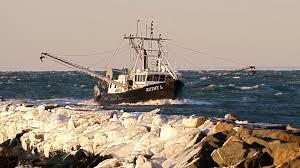 montauk u0027s commercial fishing fleet u2013 catamaran mon tiki sailing