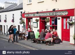shamrock bar and pub roundstone ireland stock photo royalty