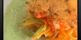 comment cuisiner les crevettes congel馥s comment décortiquer une crevette astuce cuisine vins