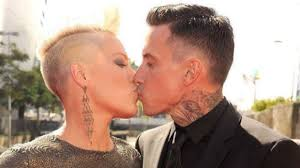 carey hart hair get em young and train em ladies pink s advice about men
