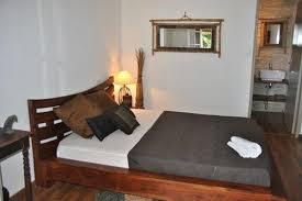 chambre d hote gilles les bains côté cannelle chambres d hôtes avec piscine à 10 minutes de st