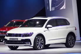 tiguan volkswagen 2015 volkswagen tiguan photo galleries autoblog