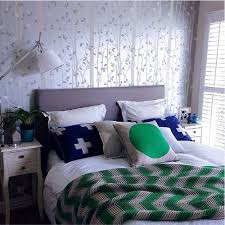how to make a bed like a pro 5 steps to style your bedroom like a pro the stylist splash