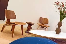 Eames Plywood Chair Reproduction Herman Miller Eames Molded Plywood Lounge Chair News