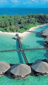 Tiki Hut On Water Vacation Best 25 Huts On The Water Ideas On Pinterest Bora Bora