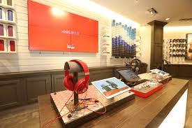 home design store santa monica verizon wireless opens fifth u s destination store in santa
