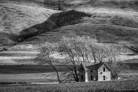 abandoned two story farmhouse p road nw waterville washington