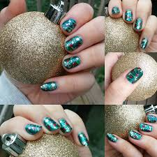christmas tree nails of course redditlaqueristas