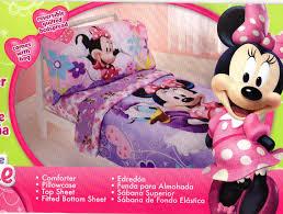 Minnie Mouse Bedspread Set Minnie Mouse Bedding Set