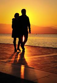 sunset alone wallpapers 15 pictures of love couples at sunset couple sunset wallpapers