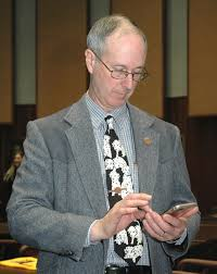 rep thorpe seeks to hide cell phone records government