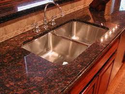 25 ide terbaik tentang brown granite di pinterest
