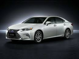 lexus best gas mileage top 10 best gas mileage luxury cars fuel efficient luxury cars