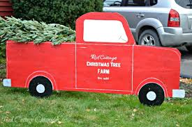 Outdoor Christmas Decorations Christmas Tree by Outdoor Christmas Decorations Diy Red Truck U0026 Christmas Tree