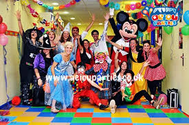 clown entertainer for children s kids party entertainer offer children s party entertainers in manchester wanted