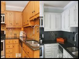 peinturer armoire de cuisine en bois fabulous couleur mur cuisine bois with couleur mur cuisine bois