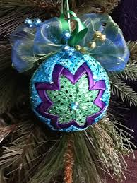 156 best crafts quilted ornaments pine cones eggs images on