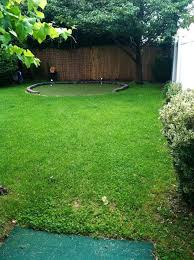 How To Make A Golf Green In Your Backyard by Diy Backyard Golf Green My Dad U0027s Gift To Himself For Father U0027s