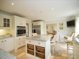 fitted kitchens alresford bespoke kitchens winchester solid wood