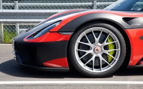 Porsche 918 Red - porsche 918 spyder first drive motor trend