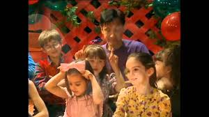 review wiggly wiggly christmas dvd music the wiggles youtube