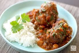 cuisiner la queue de boeuf queue de boeuf confite aux légumes piment oiseau