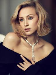 Vanity Fair Canada Maps To The Stars Actress Sarah Gadon Takes A Strong Stance On